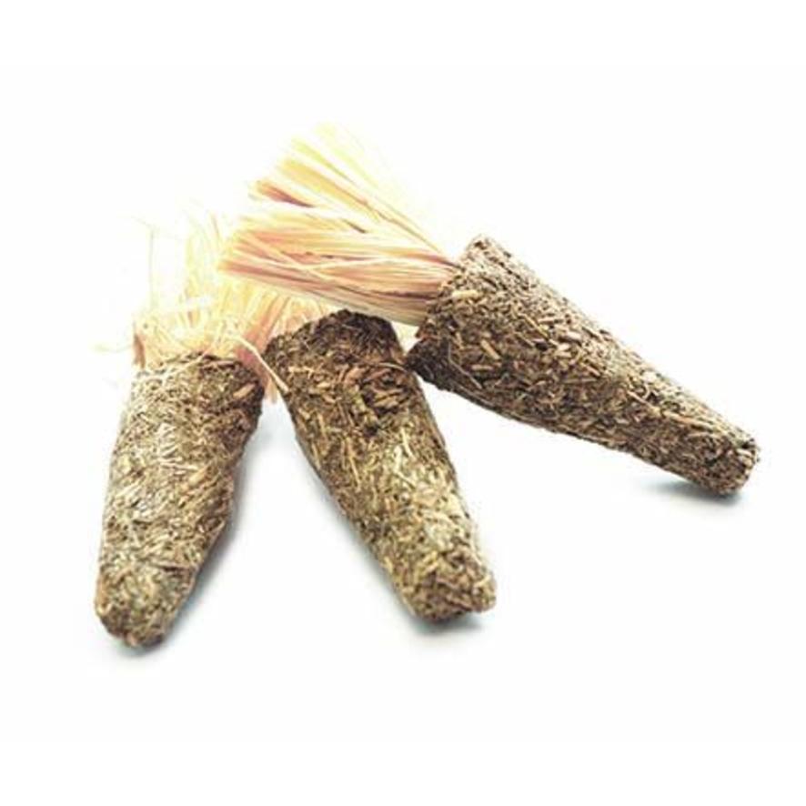 Nature First Alfalfa Mini Carrots 3pcs 9cm