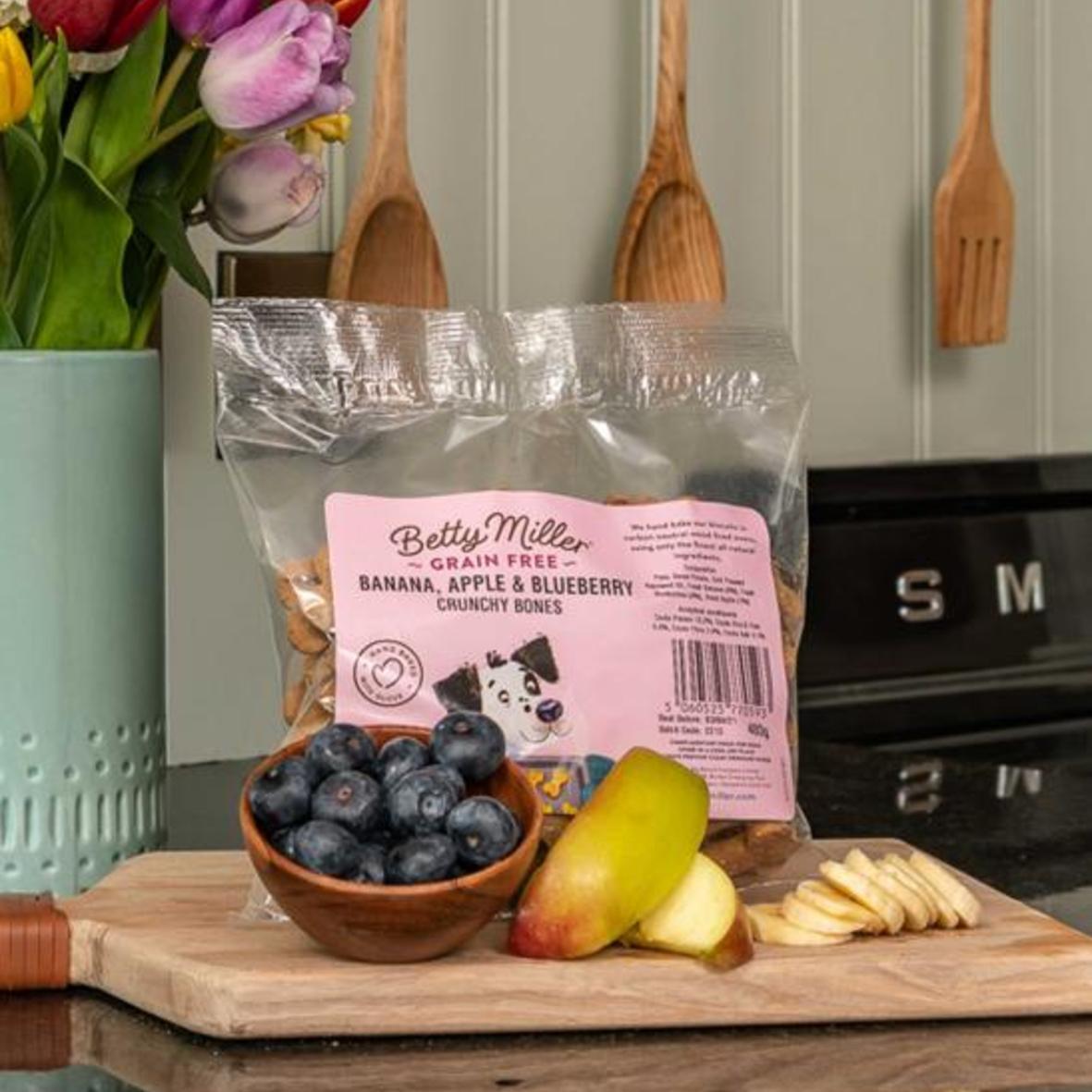 Betty Miller Banana, Apple & Blueberry Bones 400gm