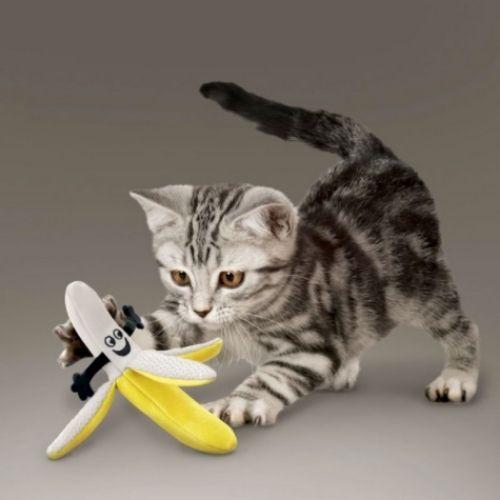 KONG BetterBuzz Banana with Catnip